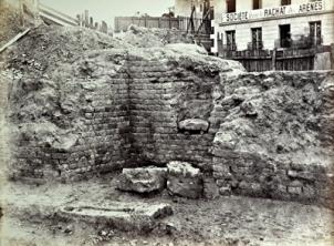 Cella des arènes, 1870