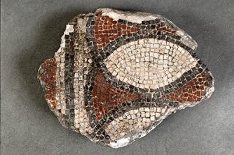 Mosaïque provenant des fouilles de Théodore Vacquer au parvis Notre-Dame